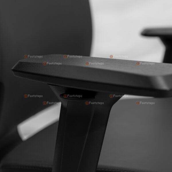 egornomic chair 1